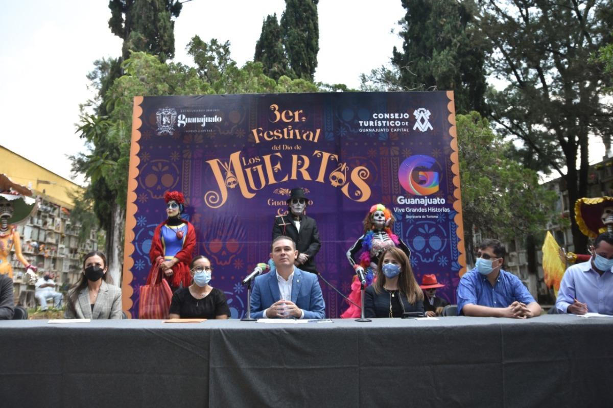 Presenta Alejandro Navarro el tercer Festival del Día de los Muertos de GuanajuatoCapital